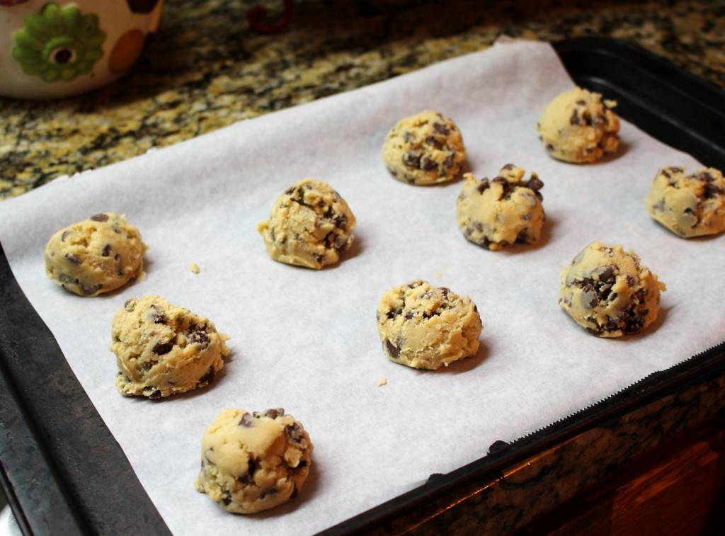 Anna Olson's Classic Chocolate Chip Cookies