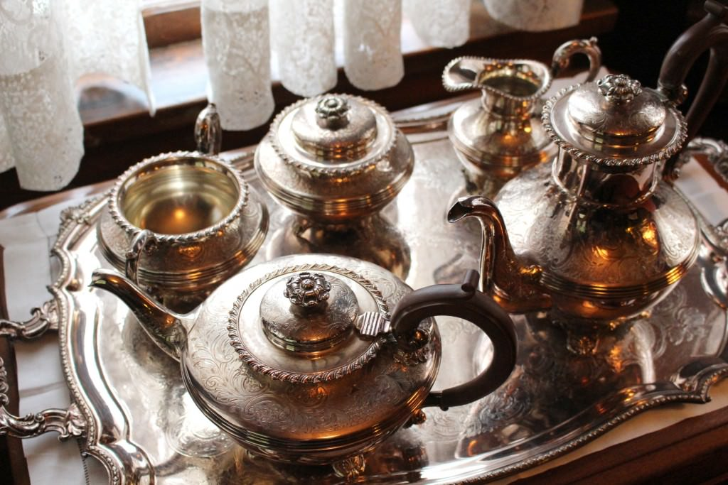 Tea and Cookies with Bill Richardson at Roedde House Museum